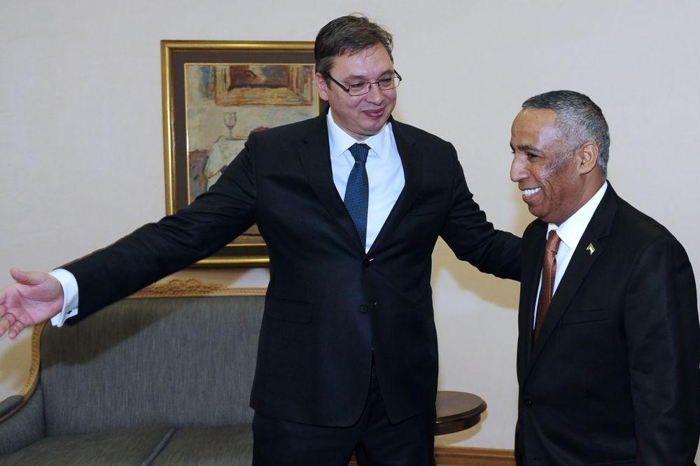 SUSRET SA AMBASADOROM UAE: Vučić se sastao sa Al Daherijem