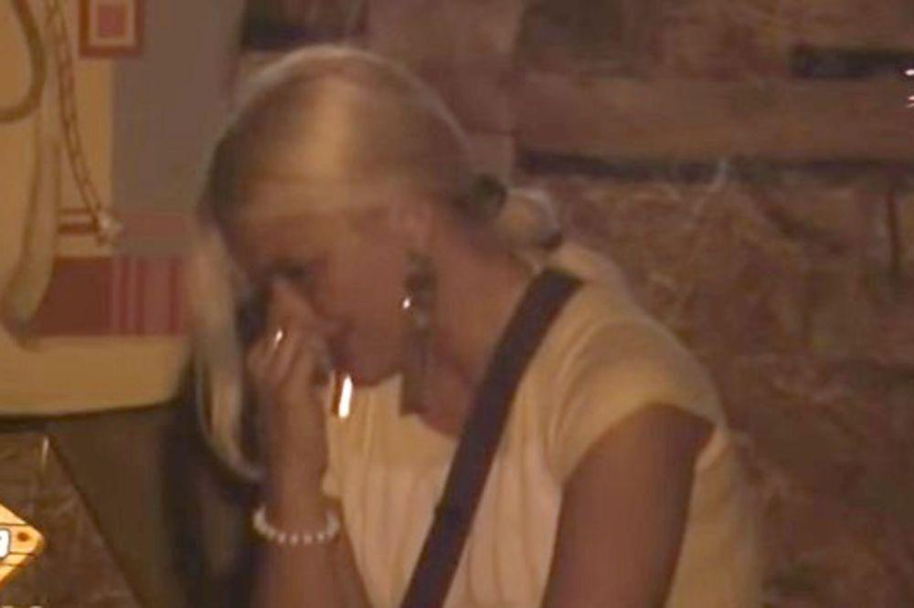 (VIDEO) ZATEKLA IH PA POTPUNO ODLEPILA: Marija Ana roni suze zbog Filipa!