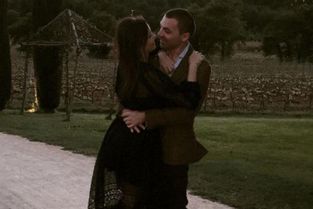 (FOTO) Elena i Jugoslav Karić: Najlepši trenuci para koji ne prestaje da oduševljava!