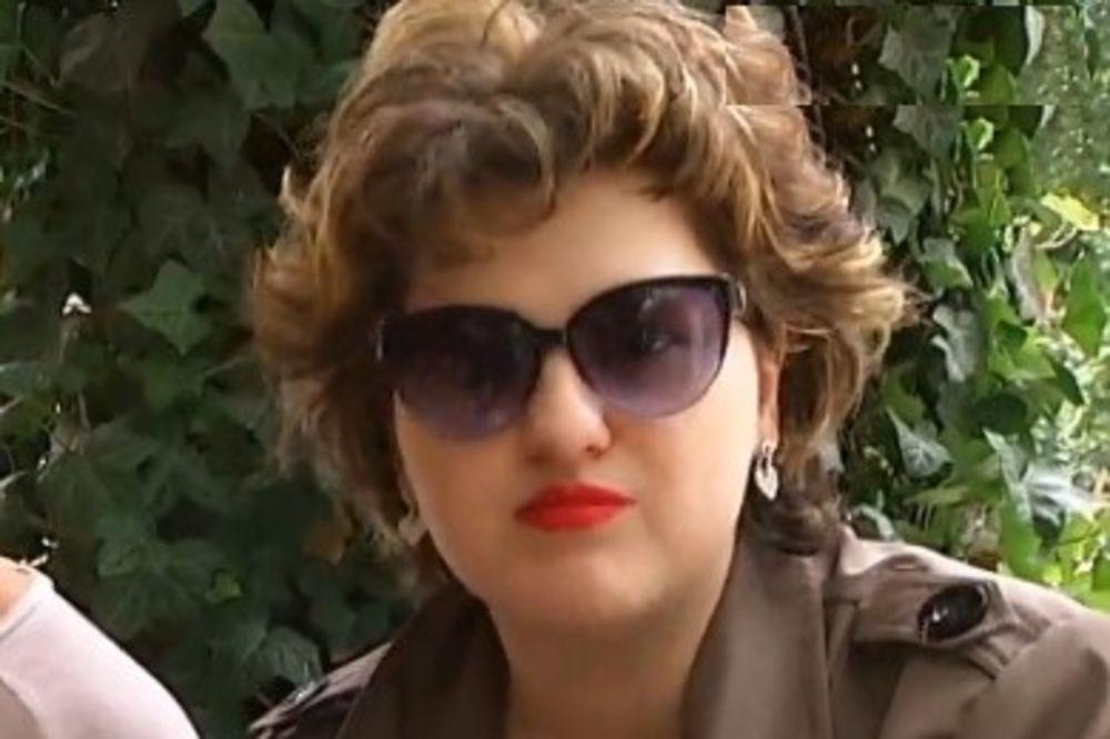 (FOTO) NE DOZVOLJAVA DA JE BOLEST SLOMI: Doris Bizetić objavila golišavi selfi i sve šokirala
