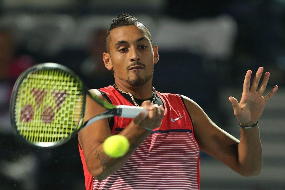 SASVIM PROLUPAO: Australijski teniser poručio tviterašima da slobodno mogu da duvaju