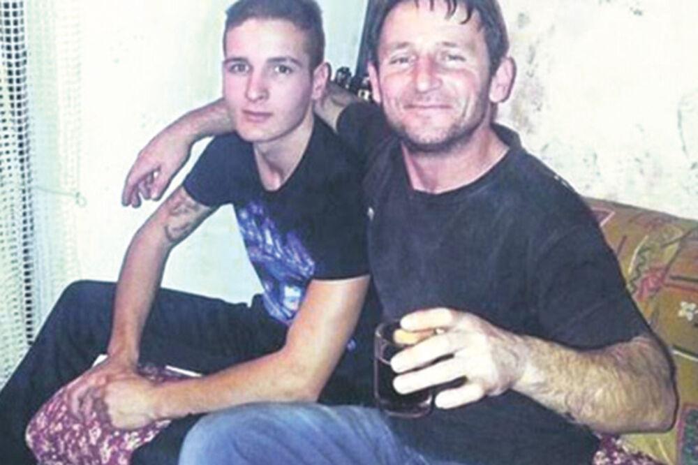 UŽASNO Aleksandar (20): Ubio sam tatu jer mi je gurao penis u usta!