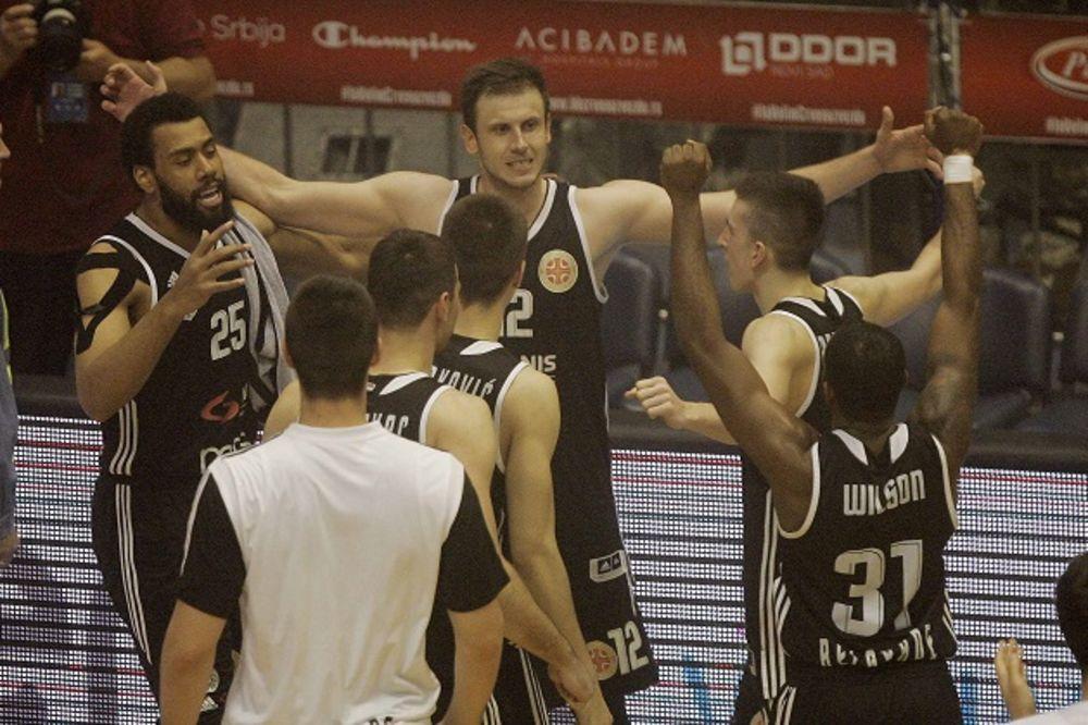 (VIDEO) DA IM HIČKOK POZAVIDI: Pogledajte triler završnicu i pobedu Partizana u derbiju