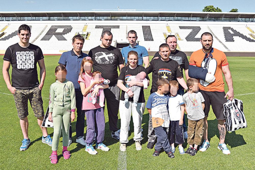 Pokazali se na delu... Dobrotvori sa Spasićima na stadionu Partizana