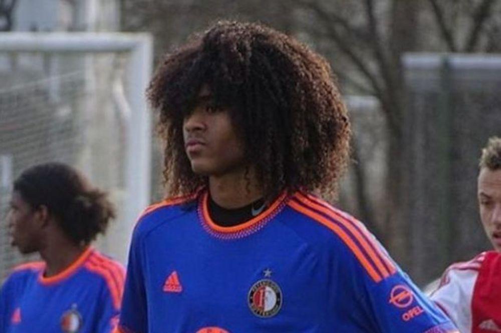 (VIDEO) HOLANDSKI VUNDERKIND: Tahit Čong (16) novi fudbaler Mančester Junajteda