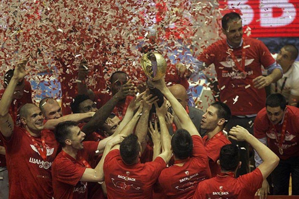 NOVA MODA VEČITIH: Zvezda se zahvalila Partizanu na čestitki