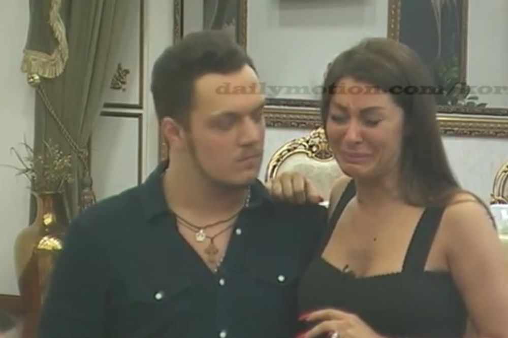 (VIDEO) POČEO DA BIJE ŽENU: Gastoz ošamario Zoricu!
