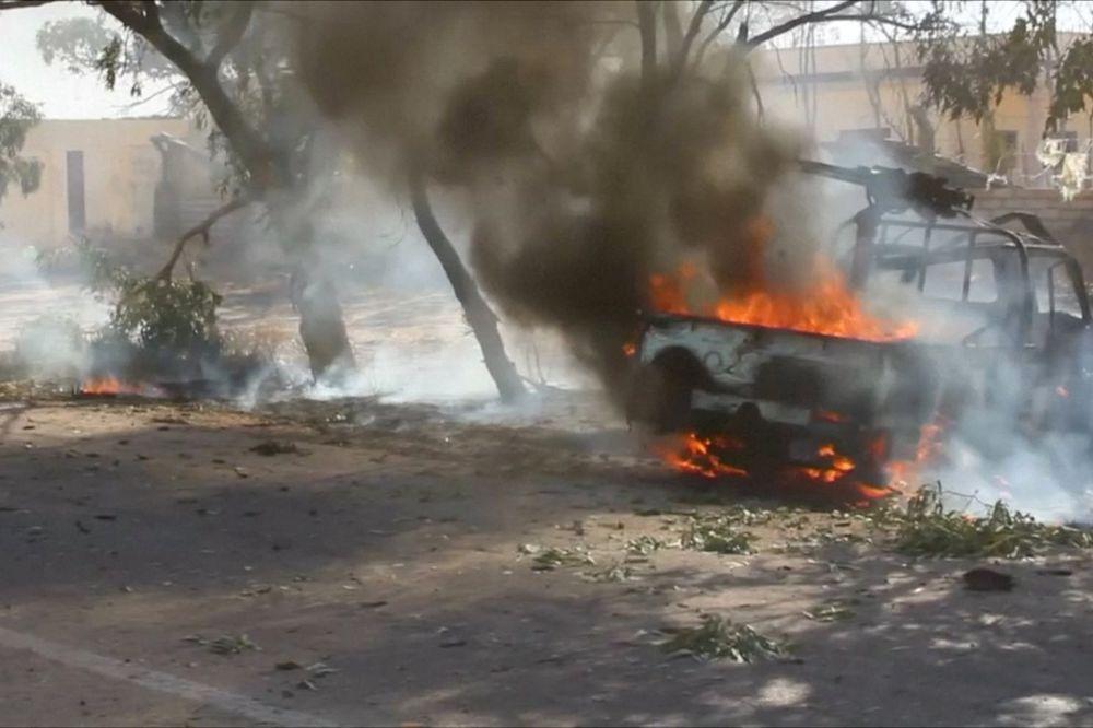 DŽIHADISTI SEJU SMRT U LIBIJI: Napad autobombom u Bengaziju, 22 žrtve