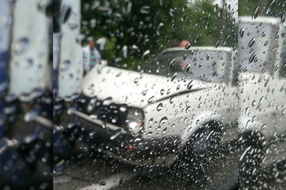 GUŽVE NA PUTEVIMA: Kiša i nevreme napravili haos u Beogradu i Vojvodini