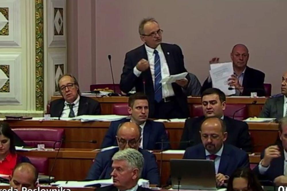 Branimir Glavaš Oreškoviću: Vi ste pokojni!