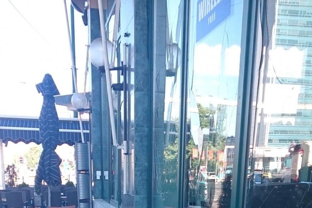 BOMBAŠKI OBRAČUN U SARAJEVU: Bačena bomba na kafić i kuću istog vlasnika