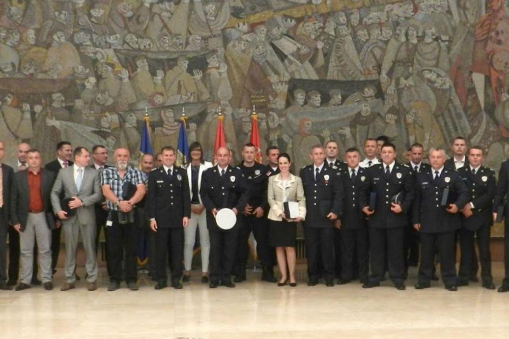 DAN POLICIJE: Uručene nagrade najboljim policajcima