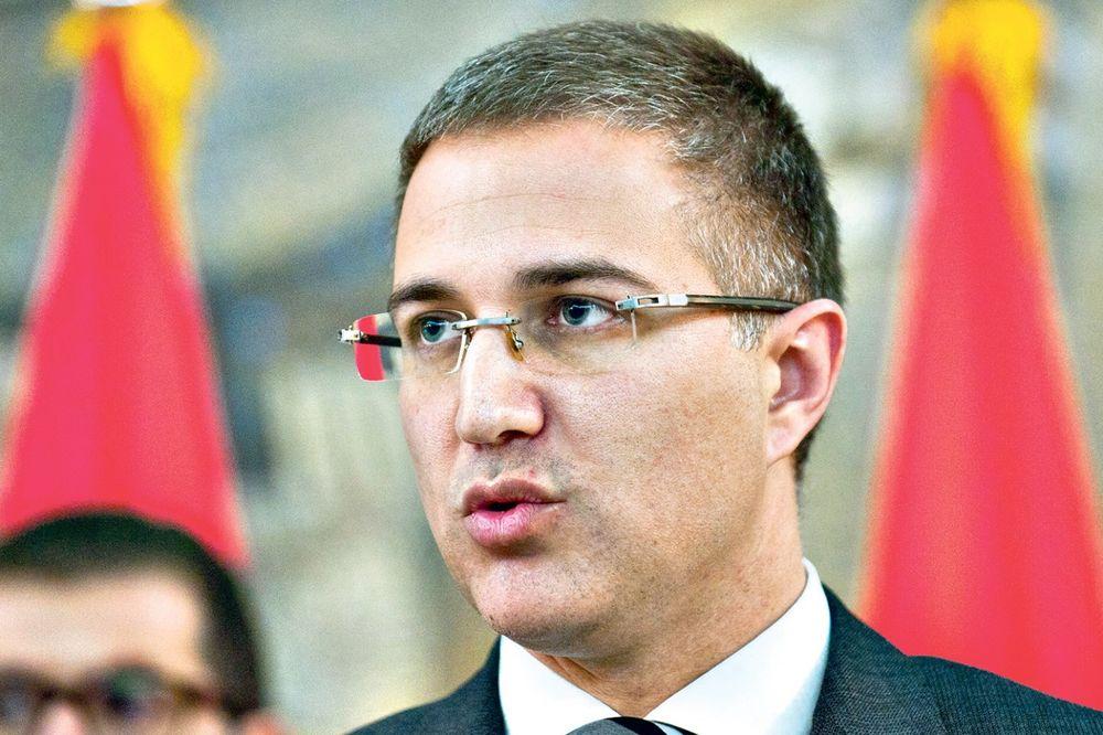 STEFANOVIĆ O SAMITU O IZBEGLIČKOJ KRIZI: Srbija nije zadovoljna, nismo čuli konkretna rešenja