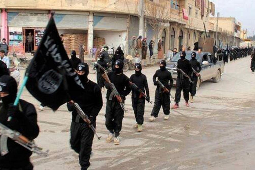 DŽIHADISTI KRENULI U KONTRAOFANZIVU: Teroristi ID povratili vlast u oblasti Rake