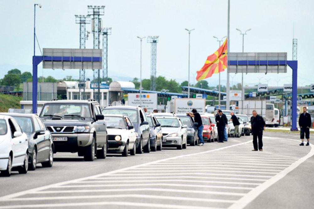 OPSADA NA GRANICAMA: Za vikend gužva ka Grčkoj i Crnoj Gori