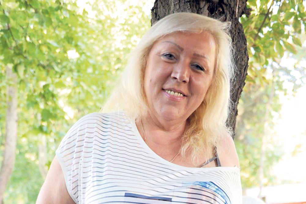 CELA ESTRADA U STRAHU: Zorica Marković otkriva koji pevači se drogiraju a ko se prostituiše!