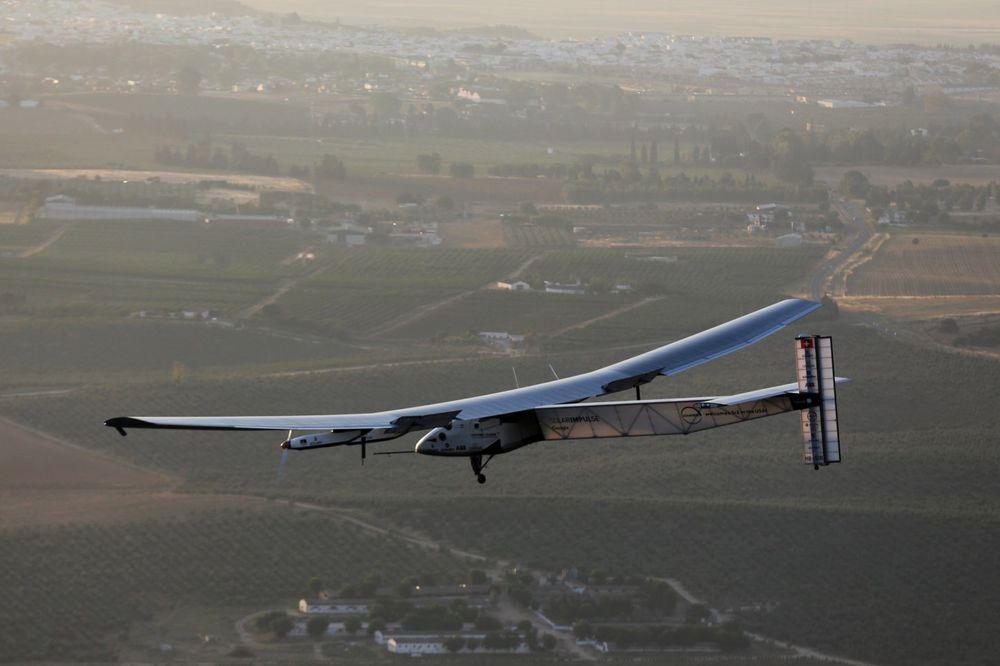 (VIDEO) POSLEDNJI LET NA PUTU OKO SVETA: Solarni avion krenuo na konačno odredište u Abu Dabi