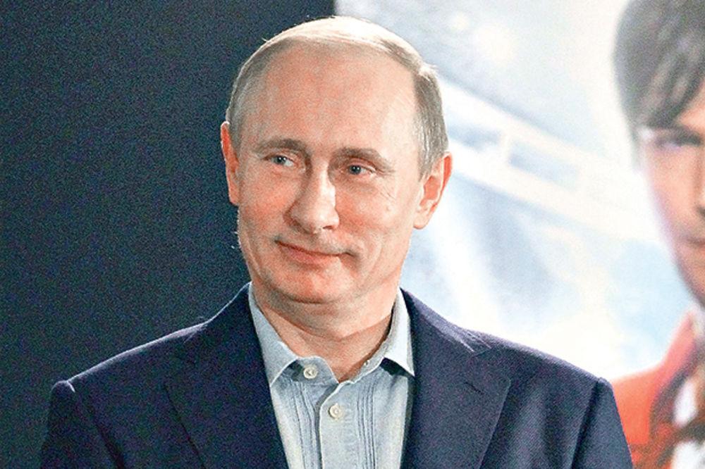 PUTIN TRLJA RUKE: Srbi, okrenite se Moskvi!