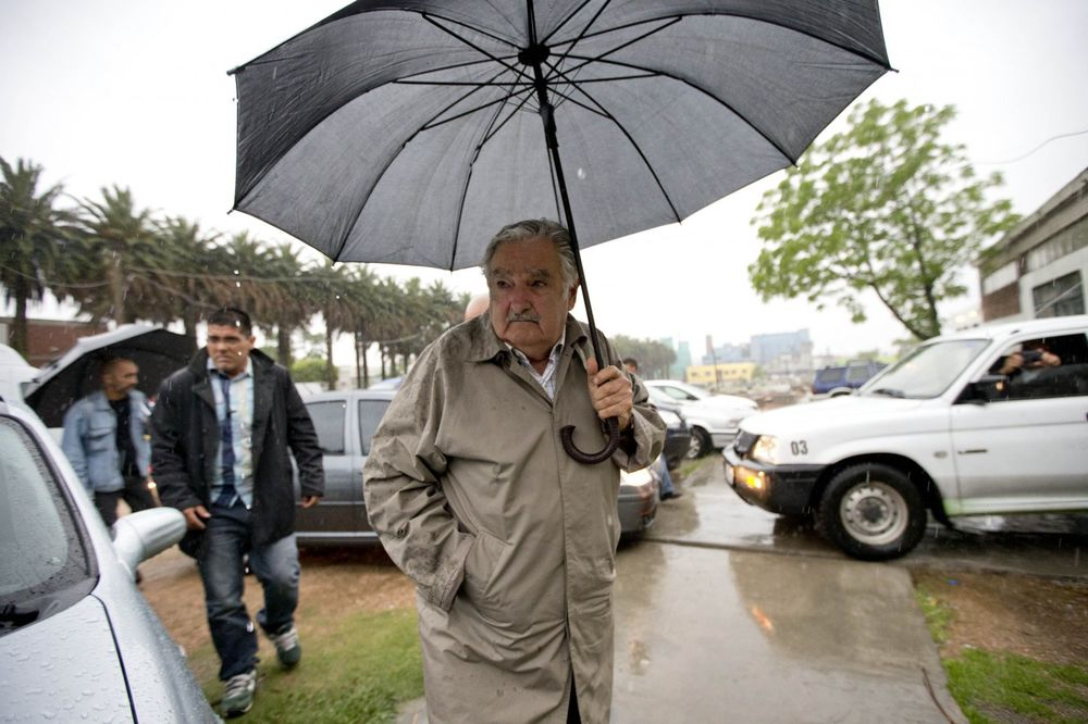 LEGENDARNI PREDSEDNIK URUGVAJA U BEOGRADU: Vučić danas sa Hoseom Muhikom