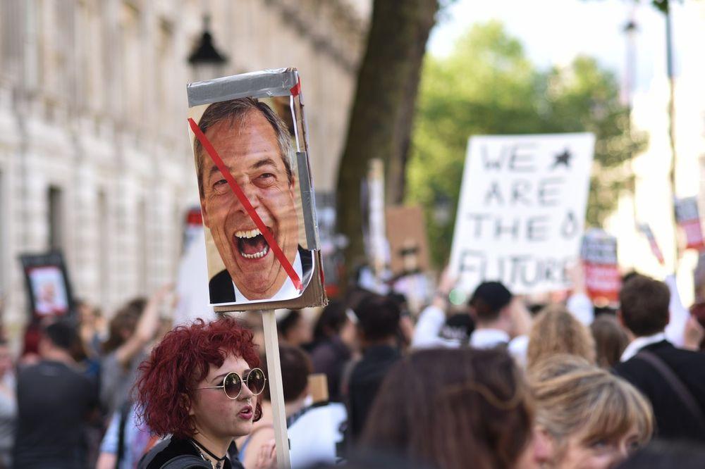 LONDON NA NOGAMA: Više od pola miliona ljudi za novi referendum