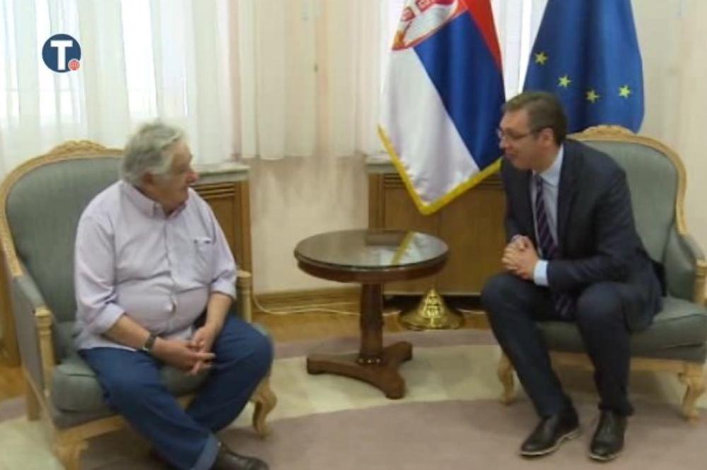 POTREBNI JAČI ODNOSI SRBIJE I ZEMALJA JUŽNE AMERIKE: Vučić razgovarao sa čuvenim Muhikom