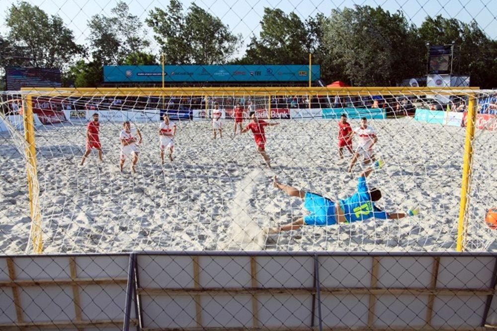 ISPISALI ISTORIJU, PA IZGUBILI: Reprezentacija Srbije u fudbalu na pesku poražena od Švajcarske