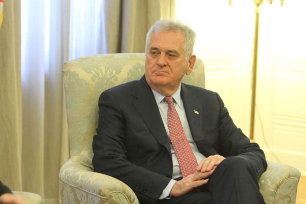 TOMO, ŠTA TI BI: Vaterpolisti osvojili zlato, a predsednik Srbije im čestitao srebro