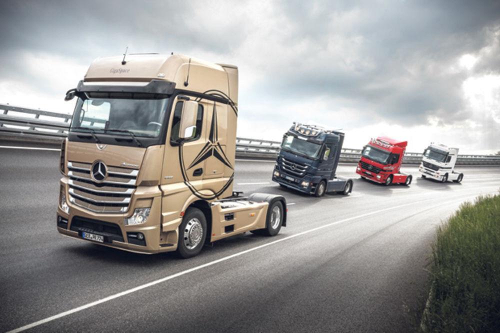 ZVEZDANE STAZE TEŠKOG TRANSPORTA: Kurir u Nemačkoj na promociji Mercedesovih kamiona!