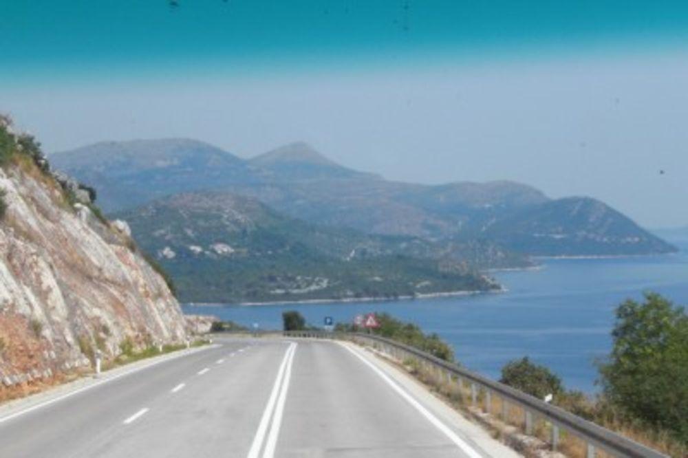 NOVI PUTEVI U CRNOJ GORI: Turisti će brže i sigurnije stizati do mora!