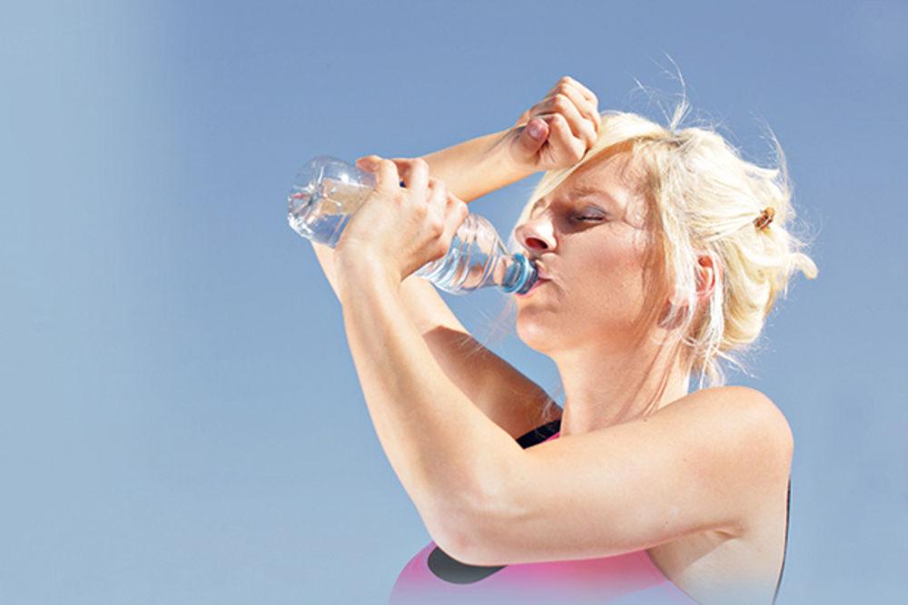 ZAPAMTITE: Kad je napolju vruće - pije se mlako!