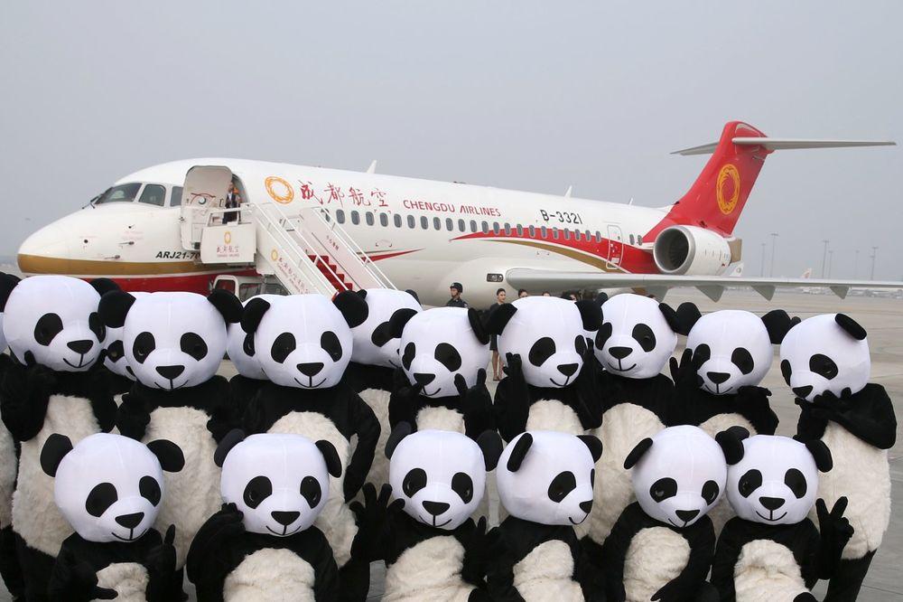 MADE IN CHINA: Poleteo prvi avion proizveden u Kini, putnici bili plaćeni za let