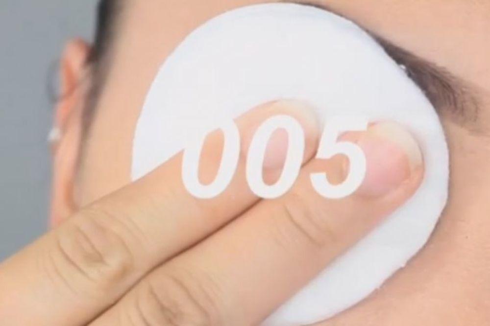 (VIDEO) NE BACAJTE PARE NA SKUPE PROIZVODE: Izbrojite do 5 i skinite šminku u jednom potezu