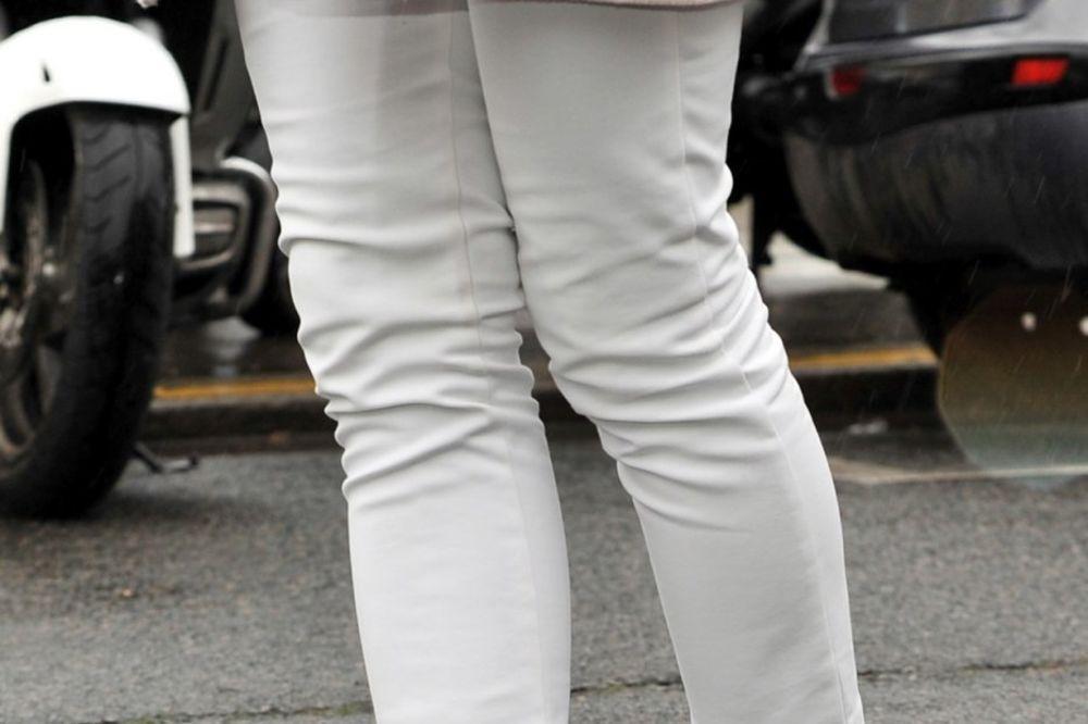 ZAŠTITE STOPALA: Ovo su 3 najnezdravija modela cipela koje stalno nosimo