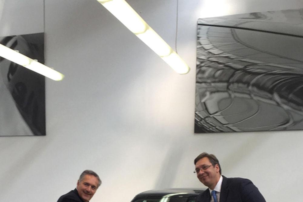 SASTANAK U TORINU SA IZVRŠNIM DIREKTOROM FIJATA: Vučić i Altavila o novom modelu vozila