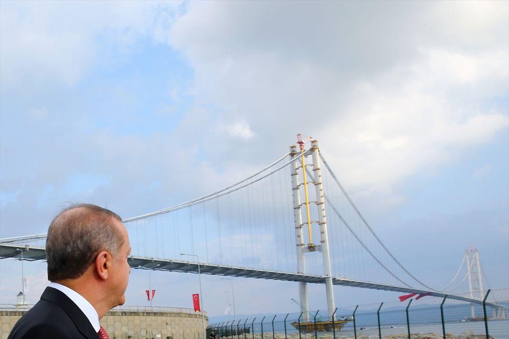 (FOTO, VIDEO) TURSKI GOLDEN GEJT: Erdogan otvorio četvrti najveći viseći most na svetu