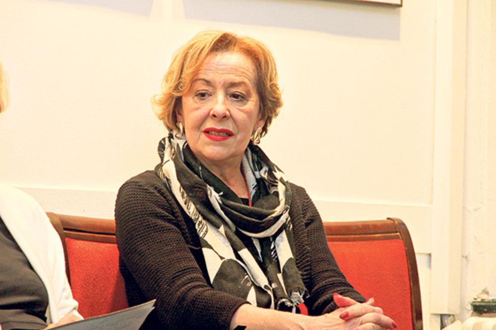 GLUMICA IMALA NEZGODU: Ceca Bojković slomila nogu