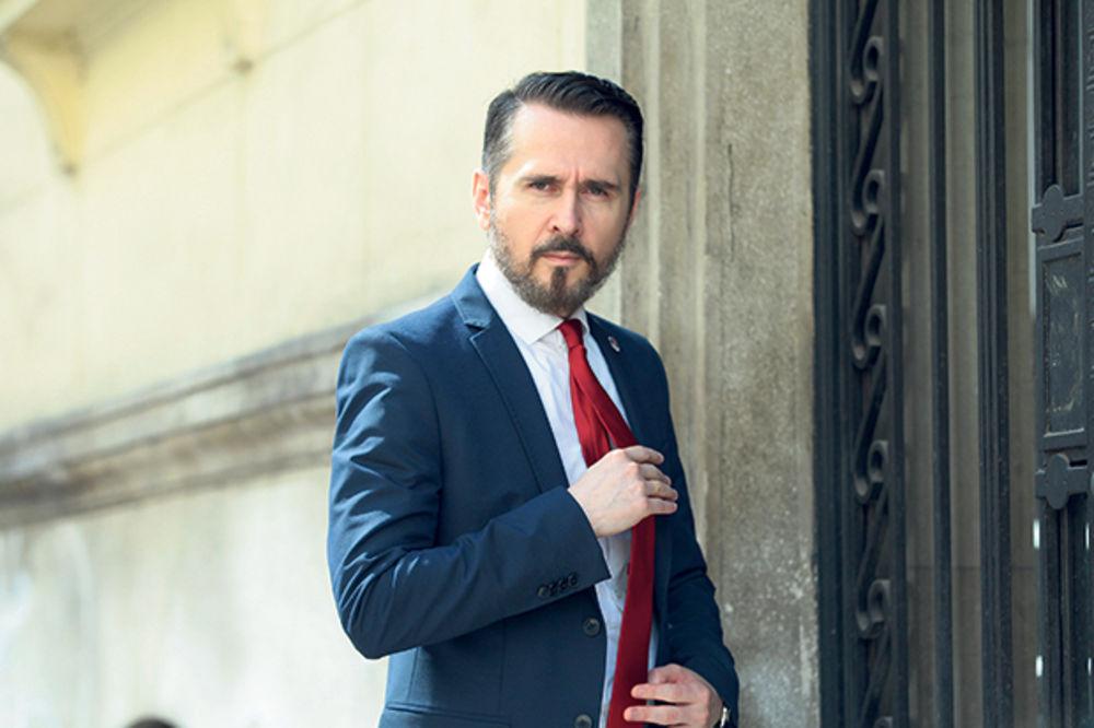 NOVO LICE U SRPSKOJ POLITICI: Holivudski glumac bi da bude predsednik Srbije