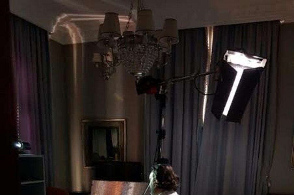 (VIDEO) SUPEREKSKLUZIVA NA KURIR.RS: IMA DA RAZBIJE Ovako zvuči nova pesma Ace Lukasa Mrtav pijan!