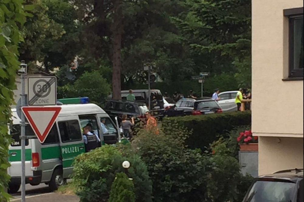 TALAČKA KRIZA U ŠTUTGARTU: Policija upala u advokatsku kancelariju, dvoje mrtvih