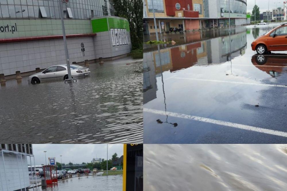 VARŠAVA PLIVA: Sinoćnja kiša izazvala opšti haos u gradu, voda na sve strane
