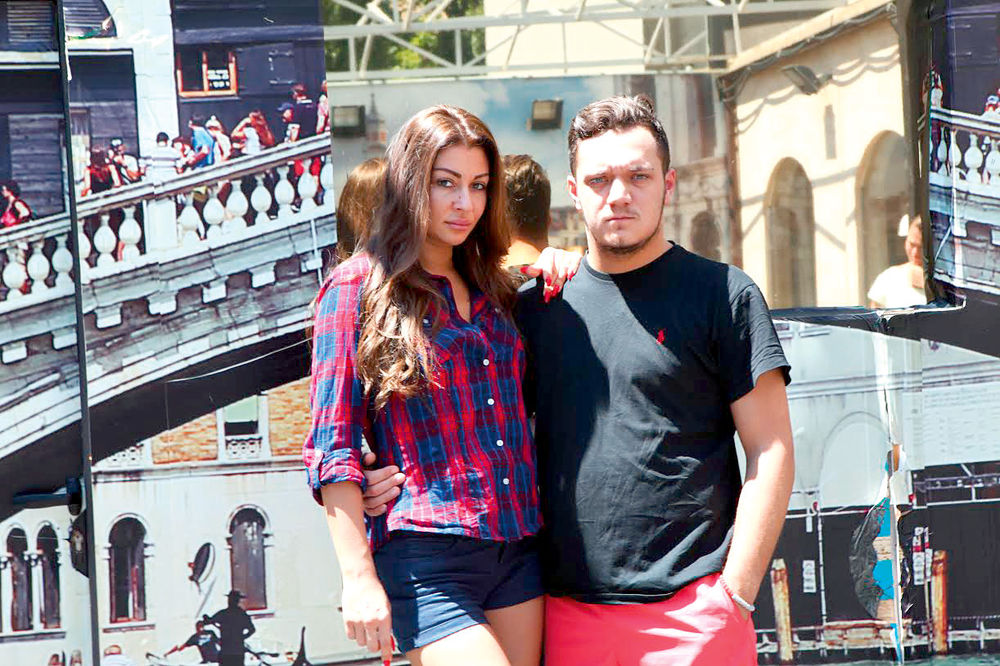 (FOTO) RIJALITI U SOPSTVENOJ REŽIJI: Evo šta Zorica i Gastoz rade kod kuće, pa to okače na Instagram