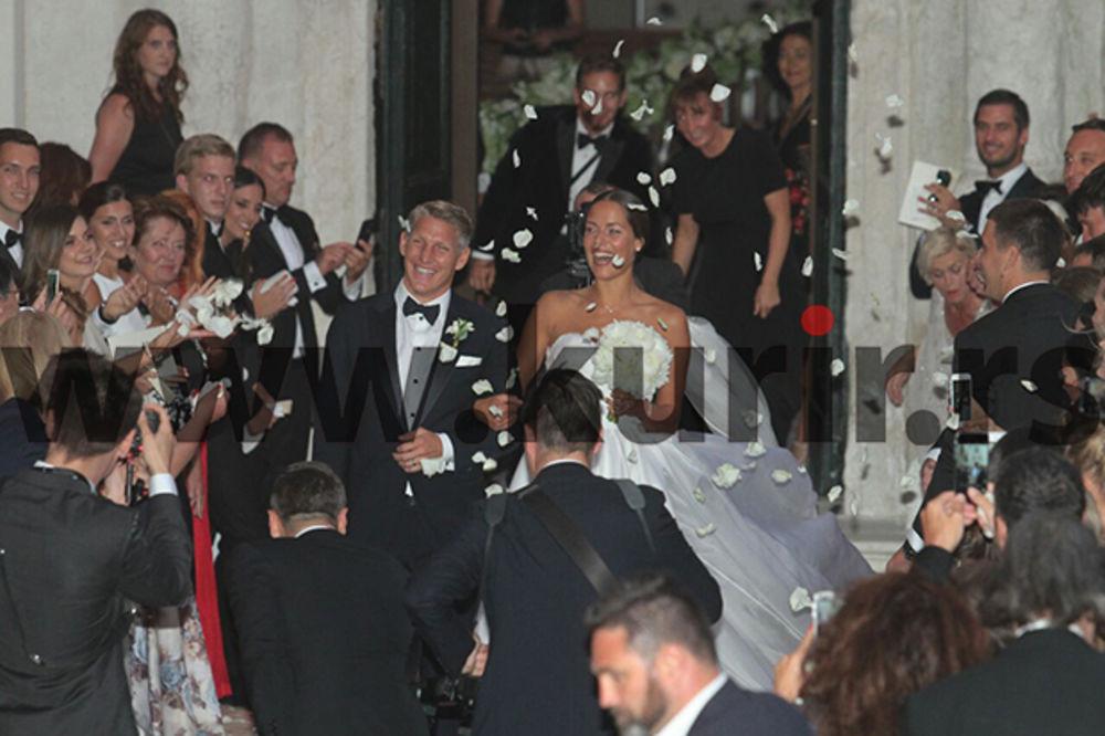 ODOBRENJE IZ VATIKANA: Papa dao dozvolu da se Ana i Bastijan venčaju u katedrali