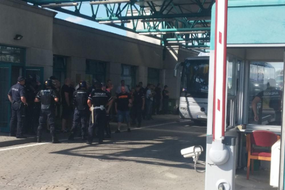 Migranti koji su pešacili do Horgoša štrajkuju glađu