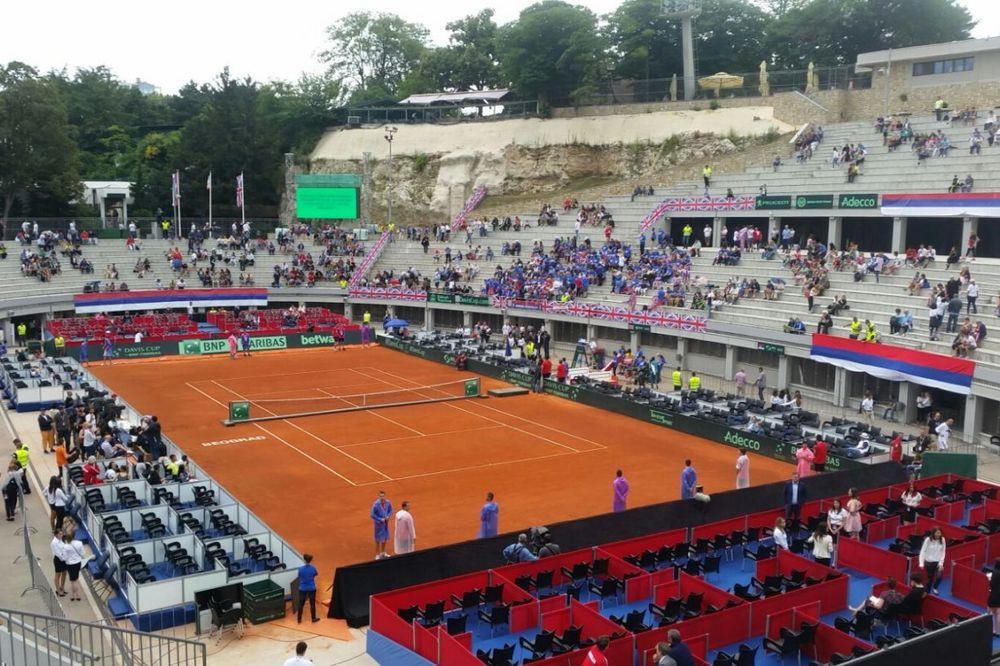UTEŠNI TRIJUMF: Tipsarević pobedio Vorda za drugi poen Srbije