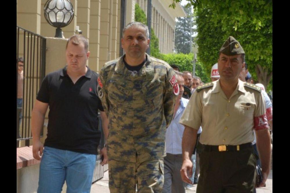 UHAPŠEN TURSKI GENERAL: Priveden komandant baze u kojoj se nalazi taktičko nuklearno oružje SAD!