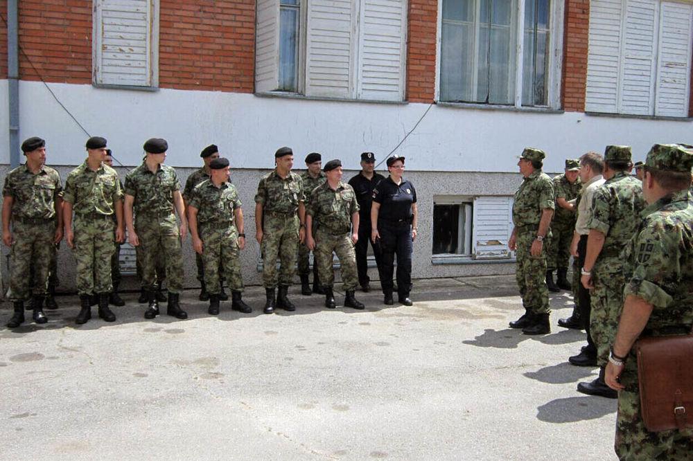 NA GRANICI SRBIJE SA BUGARSKOM: Diković i Rebić obišli timove vojske i policije