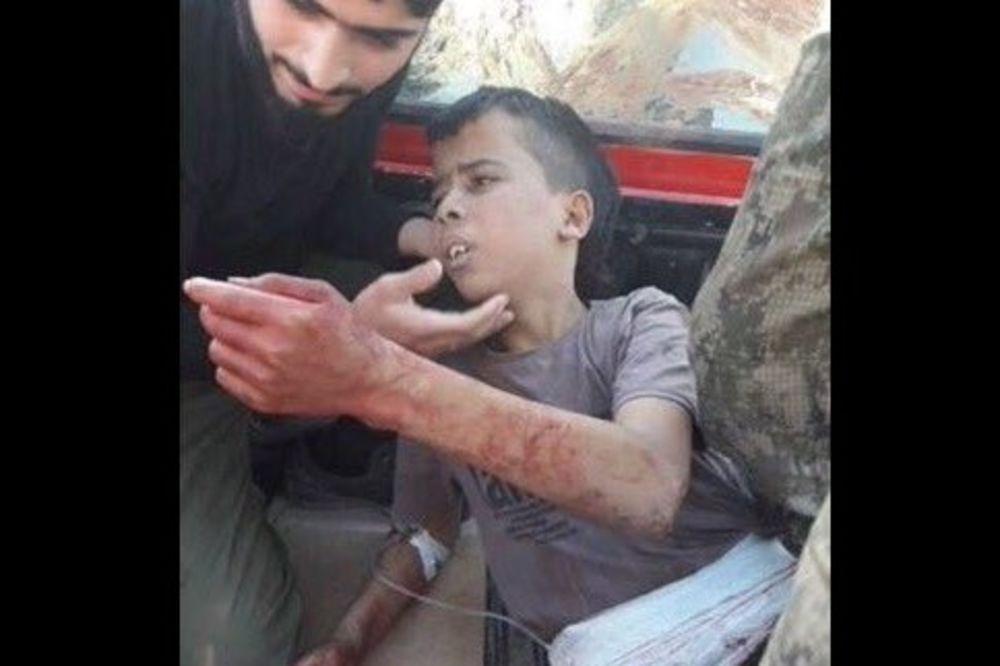 UŽAS U SIRIJI: Umerena opozicija odsekla glavu dečaku