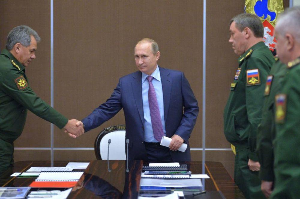 BRITANIJA PRIZNALA: Poverljivi podaci iz NATO cure u Moskvu