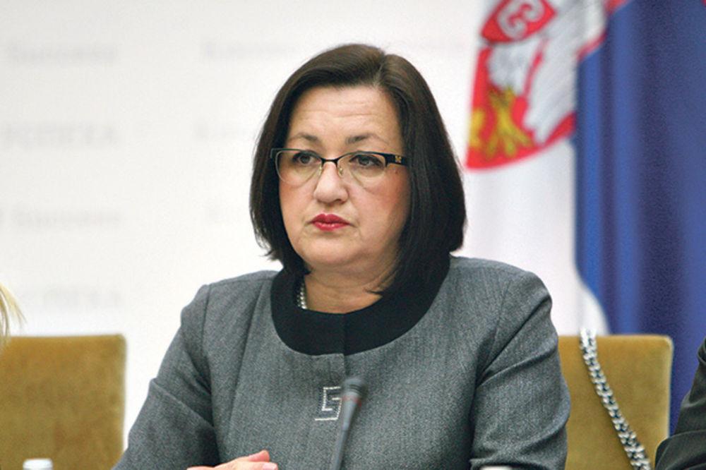 I MINISTARKA I POSLANIK SPS Snežana iz budžeta uzima 190.000!