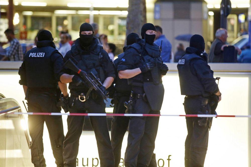 TINEJDŽER PLANIRAO NAPAD U NEMAČKOJ: Bio povezan sa ubicom iz Minhena?